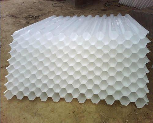 巩义新型蜂窝斜管产品供应企业中大通净水平安生产保稳定促品质!